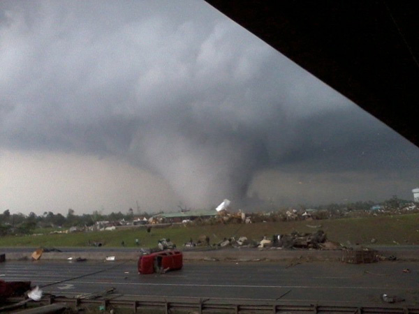 Underpass Photo of April 27, 2011, Tornado